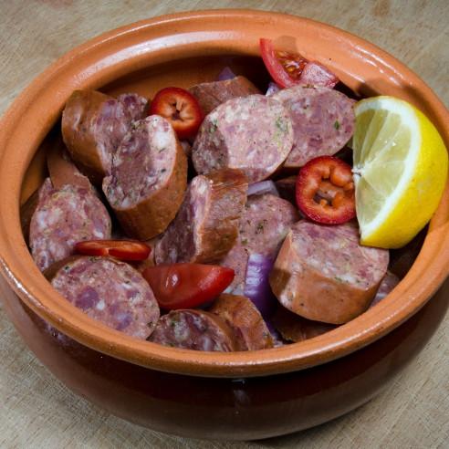 Σπετσοφάι παραδοσιακό με λουκάνικα και πιπεριές.| κρεοπωλείο delivery siakos.gr